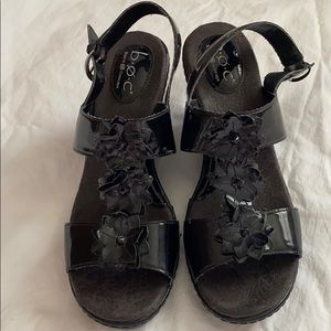 BOC Born Black Patent Flower Sandals 10